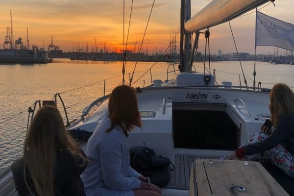 private yacht sunset valencia